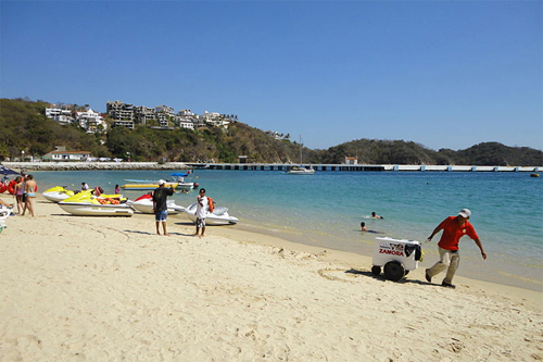 Why Huatulco Is The Perfect Place To Stop On Your Cruise Vacation